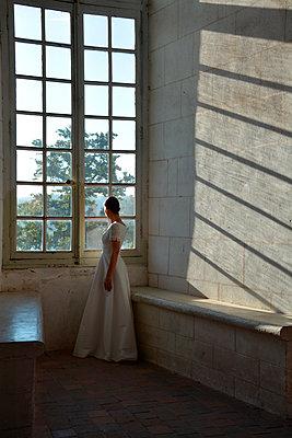 Princess  - p1521m2064525 by Charlotte Zobel