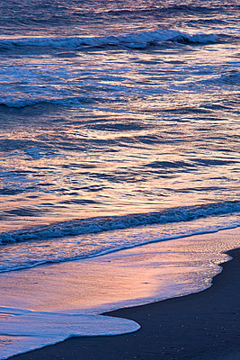 Waves at sunrise - p575m873285 by Sven Halling