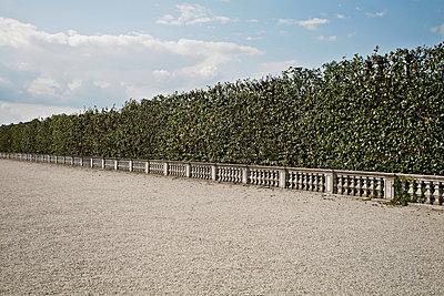 Herrschaftlicher Schotterweg - p1092m900094 von Rolf Driesen