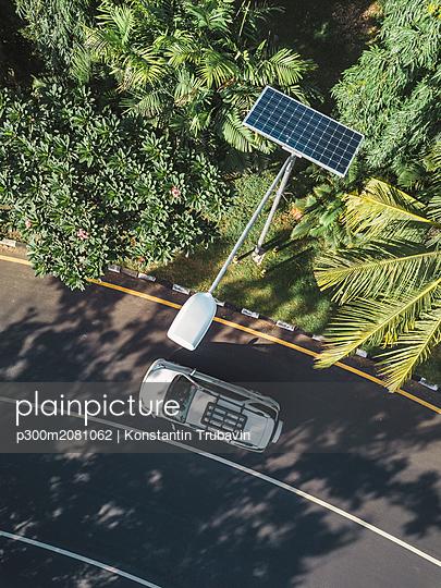 Indonesia, Bali, solar-powered street lamp, aerial view - p300m2081062 by Konstantin Trubavin