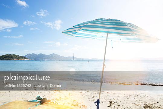 Im Urlaub - p454m1525742 von Lubitz + Dorner