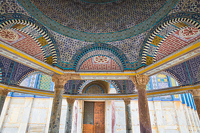 Tile detail of Dome of Chain, Dome of the Rock, Temple Mount, Old City, UNESCO World Heritage Site, Jerusalem, Israel, Middle East - p871m2068776 by Jane Sweeney