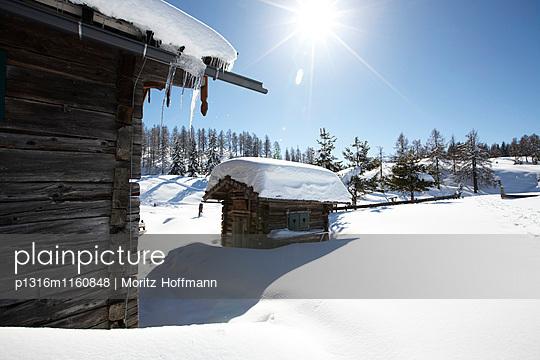 Almhütte im Schnee, St. Johann im Pongau, Salzburg, Östereich - p1316m1160848 von Moritz Hoffmann