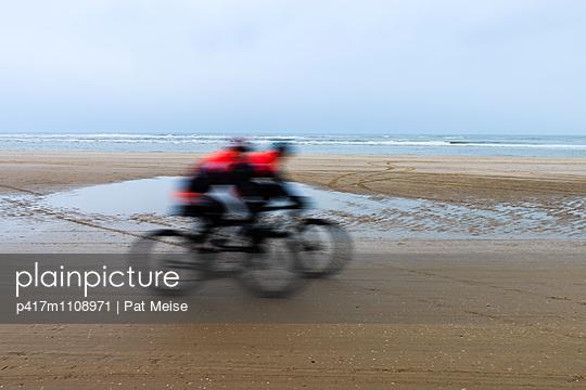 Strandrennen - p417m1108971 von Pat Meise