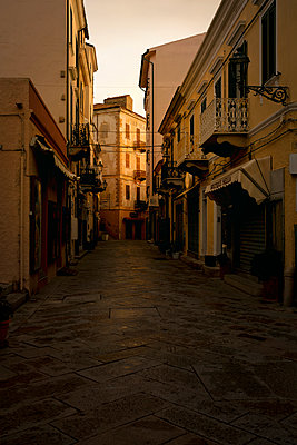 Old town of La Maddalena - p470m2229689 by Ingrid Michel