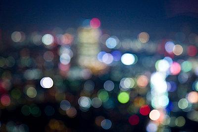 Tokyo bei Nacht - p7980027 von Florian Loebermann