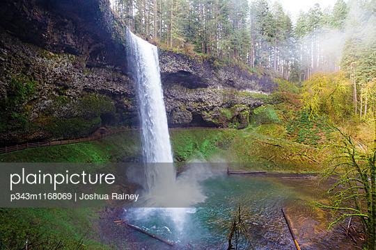 p343m1168069 von Joshua Rainey