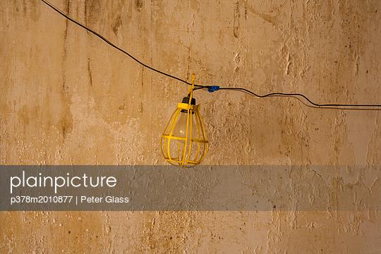 p378m2010877 von Peter Glass