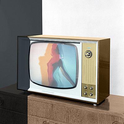 Alter Fernseher - p230m2152660 von Peter Franck