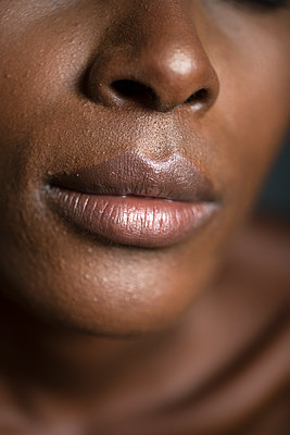 Lips of African woman - p427m1462317 by Ralf Mohr