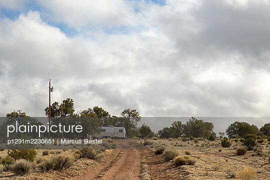 USA, Caravan - p1291m2230651 by Marcus Bastel