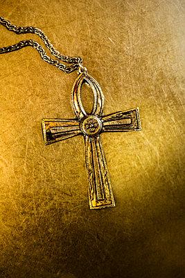 Celtic cross on golden metal background - p975m2288806 by Hayden Verry