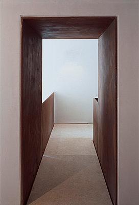 3.OG: Durchgang Treppenhaus - p3860896 von Roland Halbe
