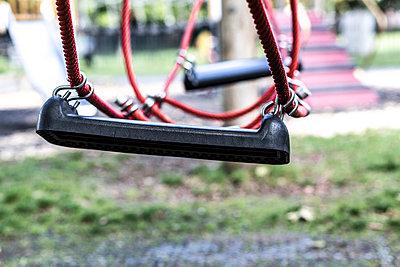 Spielplatz - p1367m1590934 von Teresa Walton