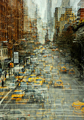 Yellow taxi cabs, New York City, multiple exposure - p1640m2245928 by Holly & John