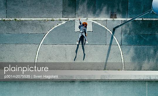 p301m2075535 von Sven Hagolani