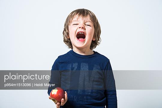 p954m1513096 by Heidi Mayer