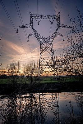 Electric Pylons - p1402m2063454 by Jerome Paressant