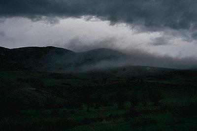 Bedeckter Himmel - p1046m2053703 von Moritz Küstner