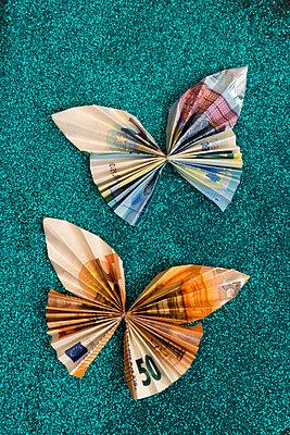 p451m2183929 by Anja Weber-Decker