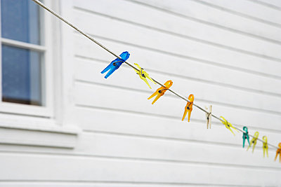 Clothes line and white timber house - p4641249 by Elektrons 08