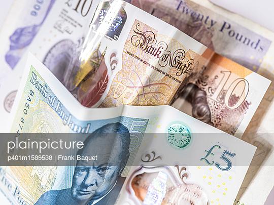 Britische Pfundnoten - p401m1589538 von Frank Baquet