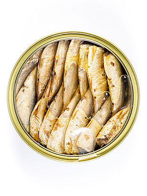Sprats in a can - p401m2128641 by Frank Baquet