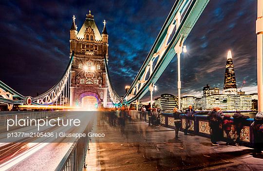 United Kingdom, England, London, Great Britain, Thames, City of London, London Bridge, Tower Bridge - p1377m2105436 by Giuseppe Greco