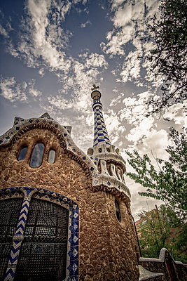 Spain, Barcelona, Mosaic tower - p1402m2219823 by Jerome Paressant