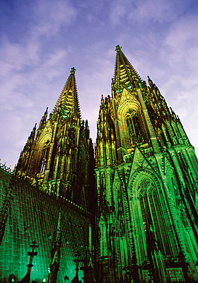 Illuminated Cologne Cathedral, North Rhine-Westphalia, Germany - p4736591f by STOCK4B-RF