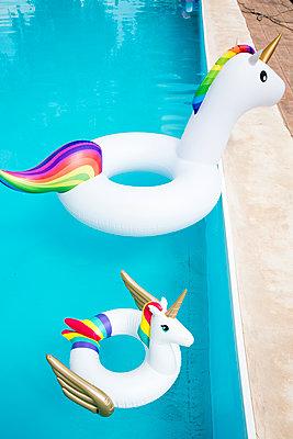 Bathing toy Unicorn - p958m2122369 by KL23