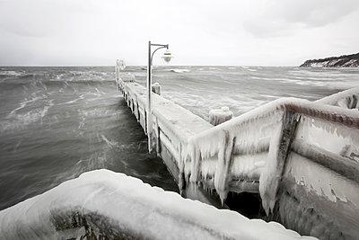 Eisbank - p1217m1090657 von Andreas Koslowski