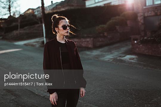 p1444m1515417 by Toni Alex