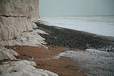 White cliffs - p1072m957254 by Michael Steel