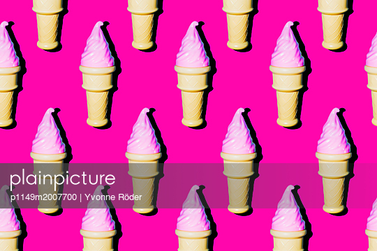 Soft ice cream - p1149m2007700 by Yvonne Röder