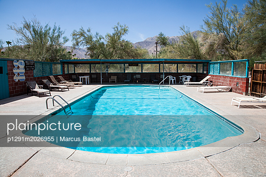 Motel Pool - p1291m2026955 by Marcus Bastel