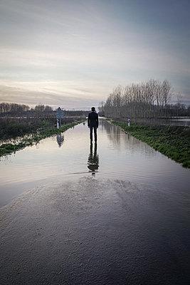 Flood - p1402m2148311 by Jerome Paressant