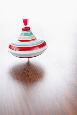 Spinning top - p4641480 by Elektrons 08