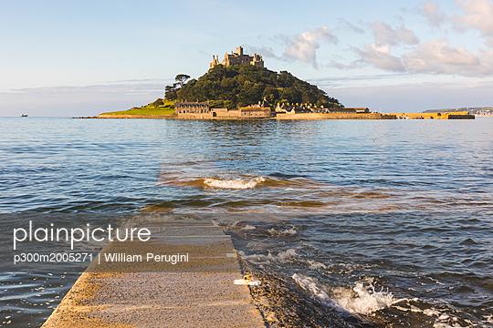 United Kingdom, Cornwall, St Michael's Mount - p300m2005271 von William Perugini