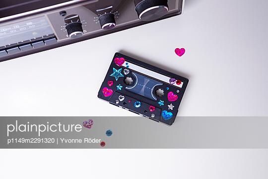 Cassette - p1149m2291320 by Yvonne Röder