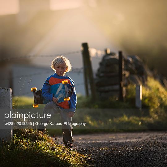 p429m2019845 von George Karbus Photography