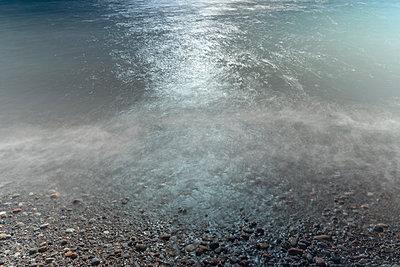 Dark Waters - p1335m1216515 by Daniel Cullen