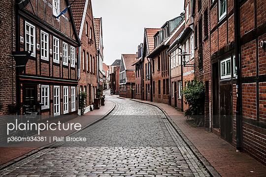 Fachwerkhäuser - p360m934381 von Ralf Brocke