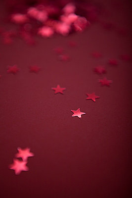 Red stars - p454m668253 by Lubitz + Dorner