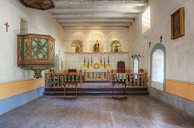 Sanctuary and pulpit at Mission La Purisima State Historic Park, Lompoc, California - p555m1452685 by Spaces Images