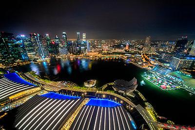 Singapore Cityscape - p1154m2022448 by Tom Hogan