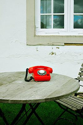 Rotes Telefon - p4320743 von mia takahara