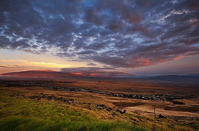 View of Mauna Kea and Hualalai from Kohala Mountain; Waimea, Island of Hawaii, Hawaii, United States of America - p442m935191 by Charmian Vistaunet photography