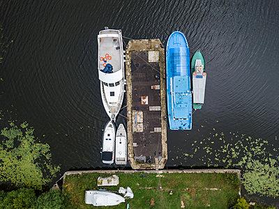 Schiffswerft in Schlüsselburg - p1108m2110494 von trubavin