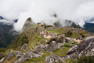 Ruinenstadt Machu Picchu - p590m1225724 von Philippe Dureuil